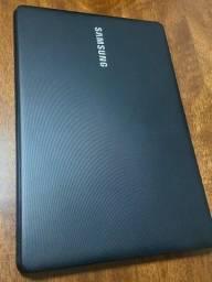 Título do anúncio: Vendo notebook Samsung, com SSD