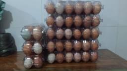 Embalagens para 12 ovos de galinha