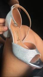 Sandália meia pata prata