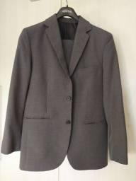 Título do anúncio: Terno Vitorino 48 Calça 46 Slim Fit Cinza Escuro Poliester