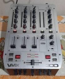 Mixer Behringer VMX 300 3 canais