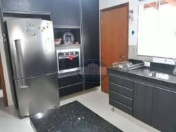 Casa com 3 dormitórios para alugar, 132 m² por R$ 1.500,00/mês - Jardim Aclimação - Araçat