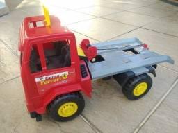 Brinquedo Caminhão Guincho de plástico