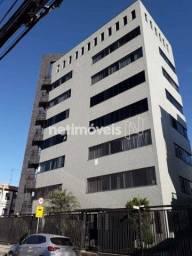 Título do anúncio: Apartamento para alugar com 4 dormitórios em Glória, Contagem cod:862197