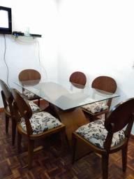 Conjunto mesa 1,60x0,90 + 4 Cadeiras