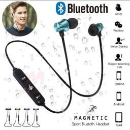 Fone de Ouvido XT11 sem Fio com Bluetooth Subwoofer / Headphone