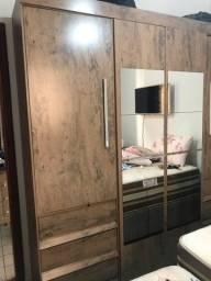 Guarda roupa 4 portas com espelho