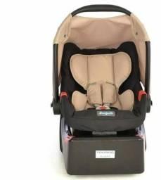Bebê Conforto Burigotto com a base para automóvel. NOVO R$230,00