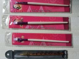 3 Pincéis Maquiagem(Chanfrado, Esfumar, Delinear) p/26R$