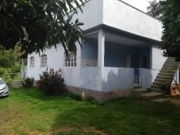 Casa de 123m² com área de 1200m²