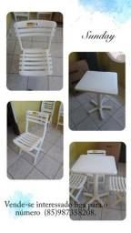Mesas e cadeiras tramontina