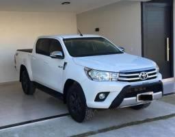 Hilux 2.8 SR 4x4 Diesel Automatica Baixo km - 2016