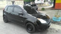 Vendo Ford Fiesta 1.0 2010 - Completo * Entrada + 48x R$ 310,00 * C/ GNV