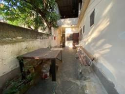 Engenho de Dentro - Casa Frente de Rua -Terreno 8 Por 40 (320 m²) Atende 2 Famílias - Vaga