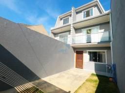 Lindo sobrado triplex à venda com 4 quartos, no bairro novo A, Sitio Cercado, com acabamen