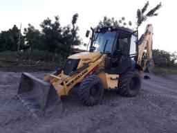Retro escavadeira New Holland B95B 2018 R$235MIL