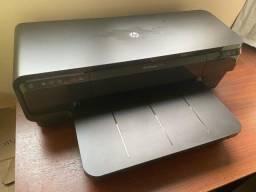 Impressora profissional colorida: HP Officejet 7110