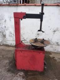 maquina de montar/desmontar pneu(aceito troca em veículo)