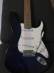 Guitarra azul marinho