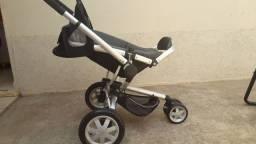 Vende-se carrinho de passeio de bebê ( EM PATOS DE MINAS)