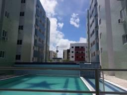 Aluga-se excelente apartamento de 95mts vizinho a UNIPÊ