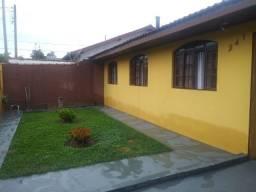 Lote contendo 2 casas em Pinhais