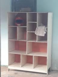 Mesa com cadeira e armário multi uso