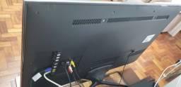 Vendo uma Smart TV Samsung 46?