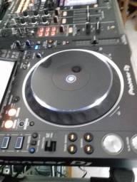 CDJ 2000 Nexus 2 com DJM 2000 Nexus