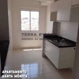 Apartamento Santa Mônica 66m², 2/4, suíte, armários e Elevador