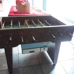 Mesa de pinbolim