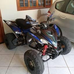 Quadriciclo Yamaha 350R Raptor