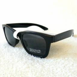 Título do anúncio: Óculos Carters importado Infantil 4-8anos NOVO