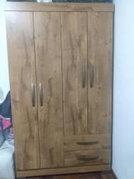 Roupeiro 4 portas em MDP