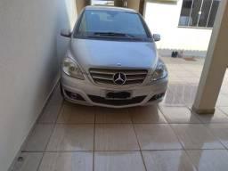 Título do anúncio: BARATO!!  Mercedes B 180