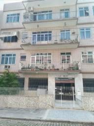 Título do anúncio: Apartamento  no Bairro Araujo, 70 mts,  3 quartos , varanda, vaga e muito mais