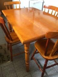 Título do anúncio: Mesa de jantar com 4 cadeiras