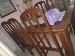 Título do anúncio: Vendo mesa 6 cadeiras