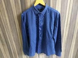 camisa azul listras brancas finas