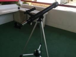 Telescópio Tasco Novice 50x600