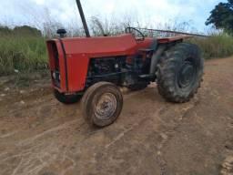 Trator agrícola 265