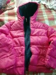 Vendo casacos bem quentinhos em bom estaado