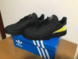 Título do anúncio:  Tênis adidas Originals Supercourt Preto