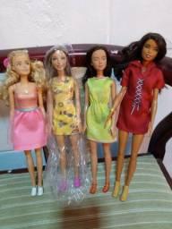 Título do anúncio: Bonecas Barbie