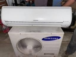 Título do anúncio: Ar condicionado Samsung 24000 btus inverte funcionando perfeitamente