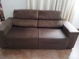 Sofa retratil, usado bem conservado.