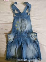 Título do anúncio: Jardineira e shorts jeans + blusinha