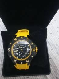 Vendo lindo Relógio Guess top de linha !!!