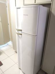 Geladeira Electrolux Frost Free DF 40