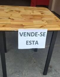 Vendo mesa ,aceito encomendas
